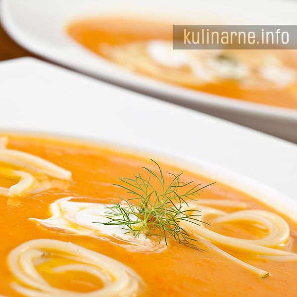Zupa marchwiowo-imbirowa