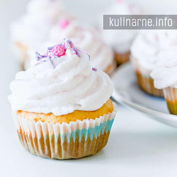 Różowe muffiny