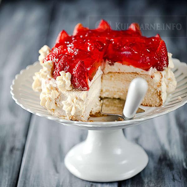 Ciasto z truskawkami i kremem budyniowym