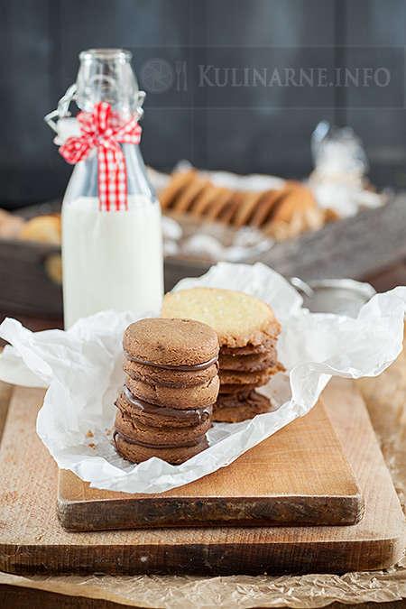 Ciasteczka o smaku orzechowym
