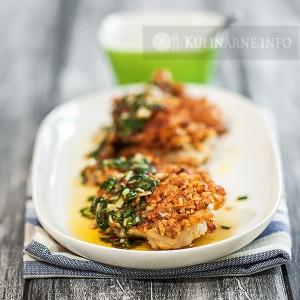 Ryba w orzechowej panierce z sosem z chili