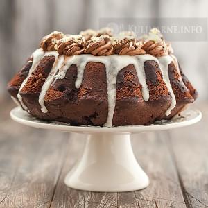 Babka czekoladowa z kremem