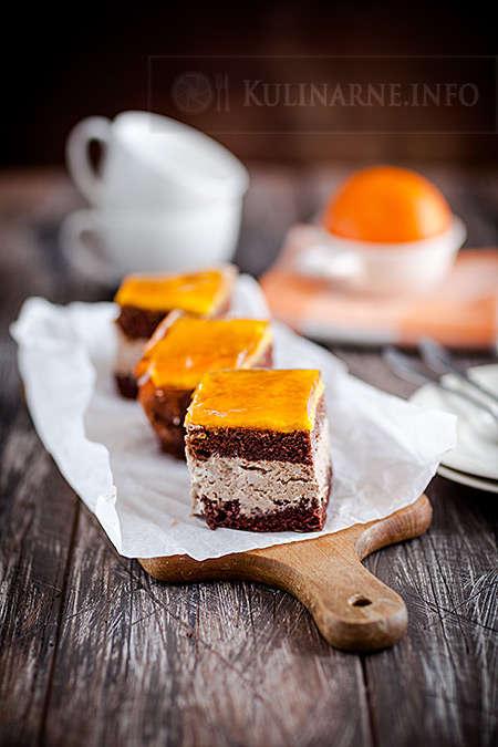 Ciasto czekoladowe z musem brzoskwiniowym