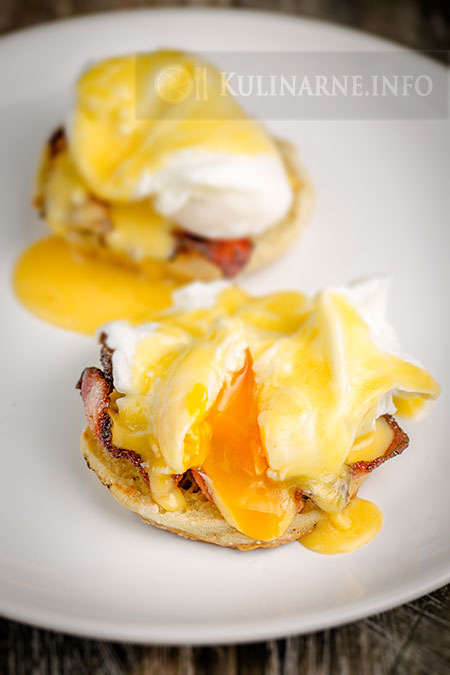 Jajka po benedyktyńsku
