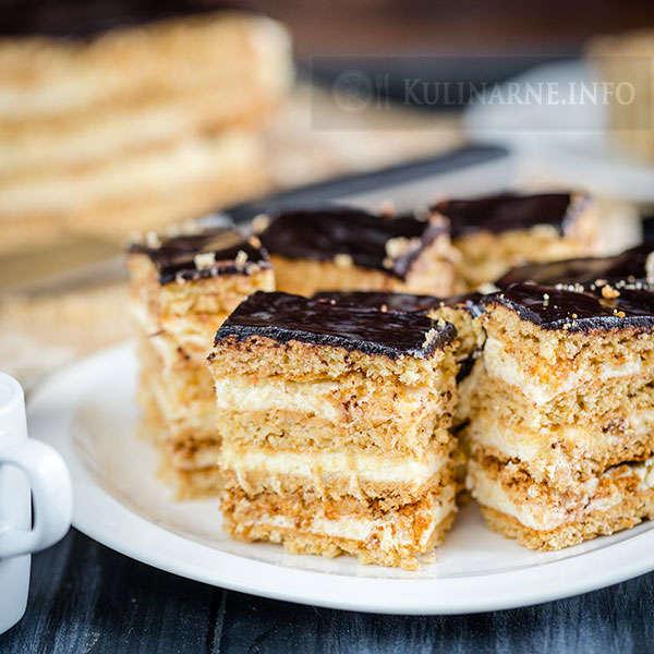 Ciasto Miodownik Z Kremem Budyniowym Przepisy Kulinarne Ze Zdjeciami