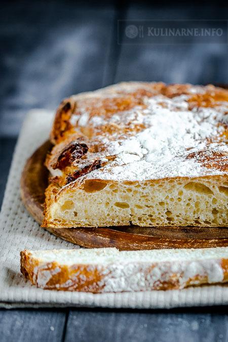Pszenny chleb na zakwasie wypiekany na kamieniu
